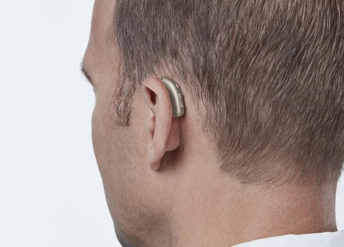 comment-porter-appareil-auditif-audikafull