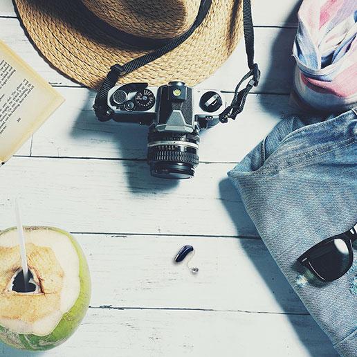 Hoortoestel in de zomer of op vakantie