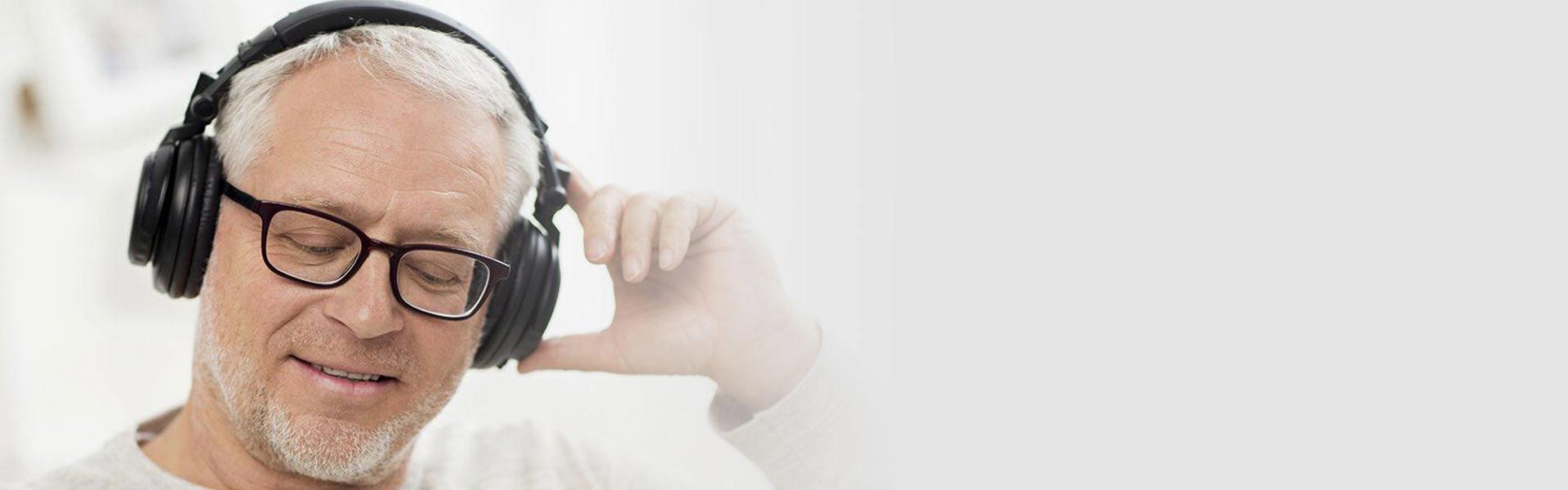 Gör ett hörseltest hos Audika - du kan göra ett hörseltest på klinik eller digitalt.