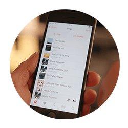 Så får du musik i din hörapparat instruktionsfilm för hörapparat hos Audika.