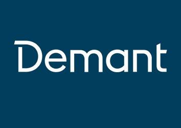 demant-logo-white-