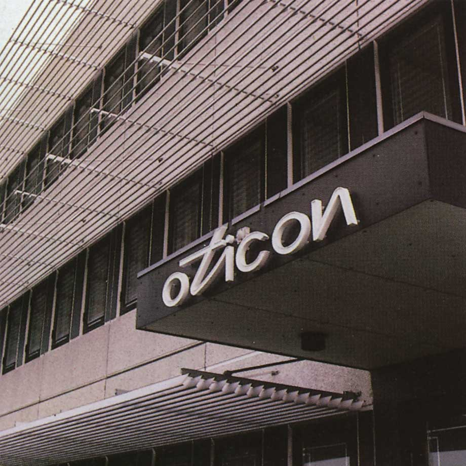 oticon-holding-1983