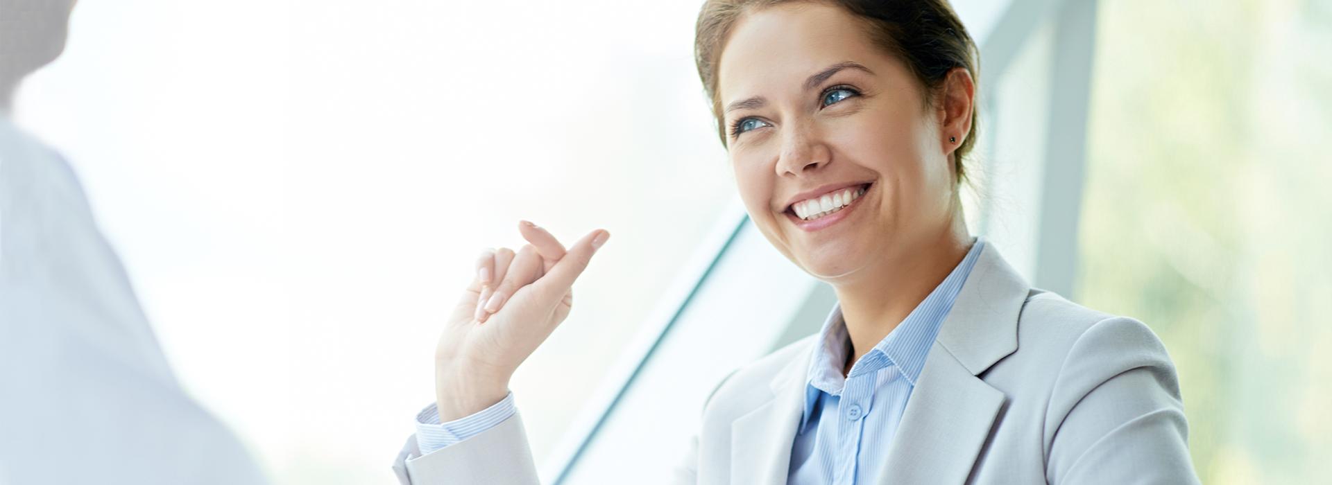 Woman from Diatec Diagnostics talking to a customer