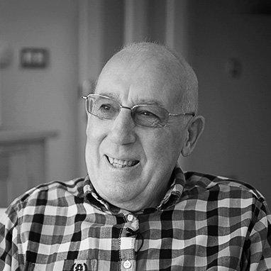 senior ameciain John Harvey