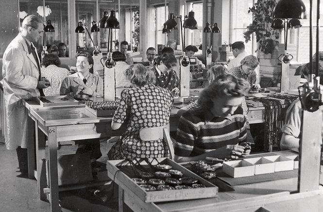 1950-oticon-fr-egen-produktion