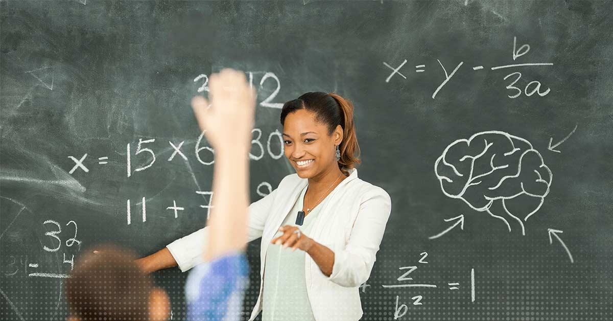 Un professeur donne des cours