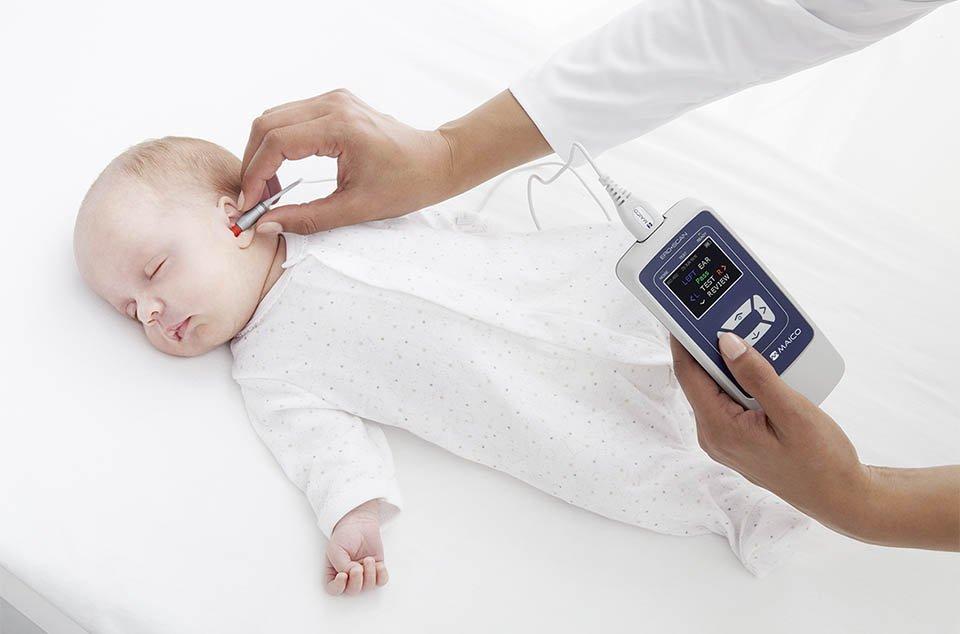 OAE Test an schlafendem Baby